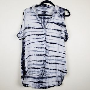 Rock & Republic| Cold Shoulder tie dye top, size L